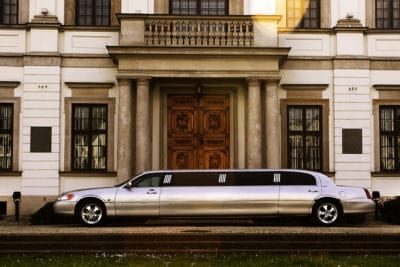Beautiful premium limousine transfer from warsaw airport to the city center