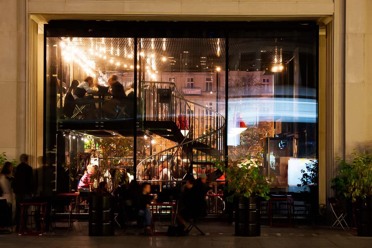 Il bar Cuda na Kiju è un posto incantevole per una pinta con gli amici