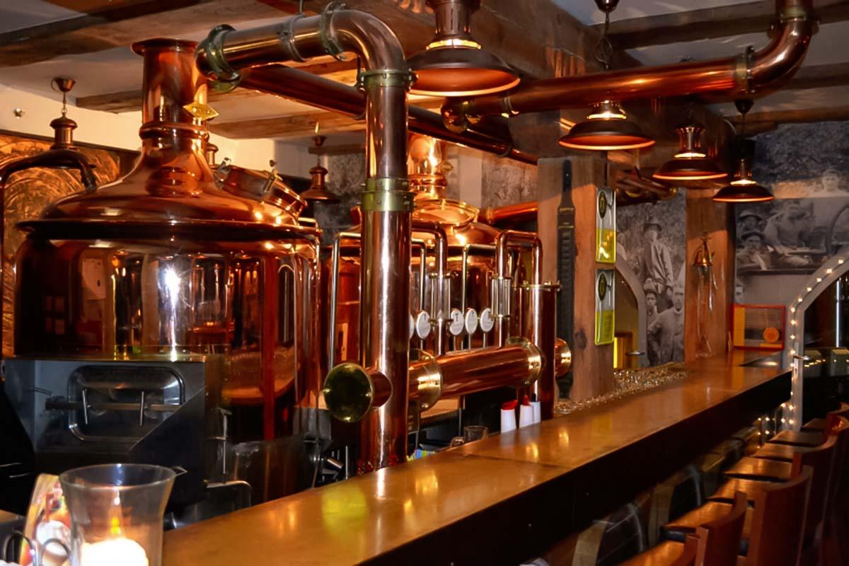 תוכלו לראות בורות מקומיים של בירה בבית זה בירה טעימת פעילות גדנסק