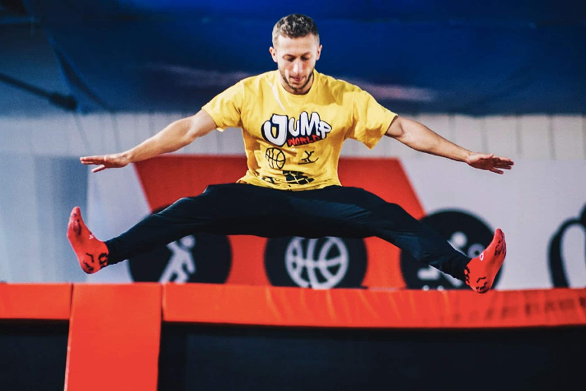 Have fun with your friends and challenge your body at our trampoline park in Wroclaw