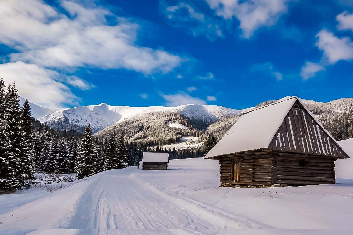 Enjoy the beautiful winter scenery in amazing Zakopane during the new years in Poland