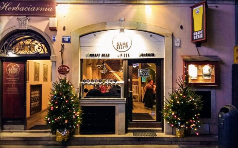 Same Krafty is a craft beer pub located in the Warsaw Old Town
