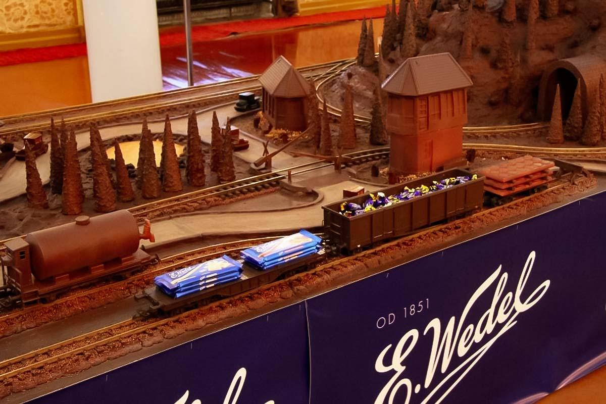 巧克力模型 - 博物馆站华沙-3