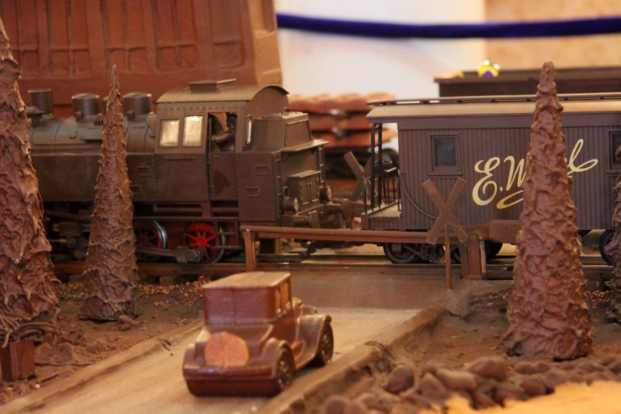 巧克力模型 - 博物馆站华沙-4