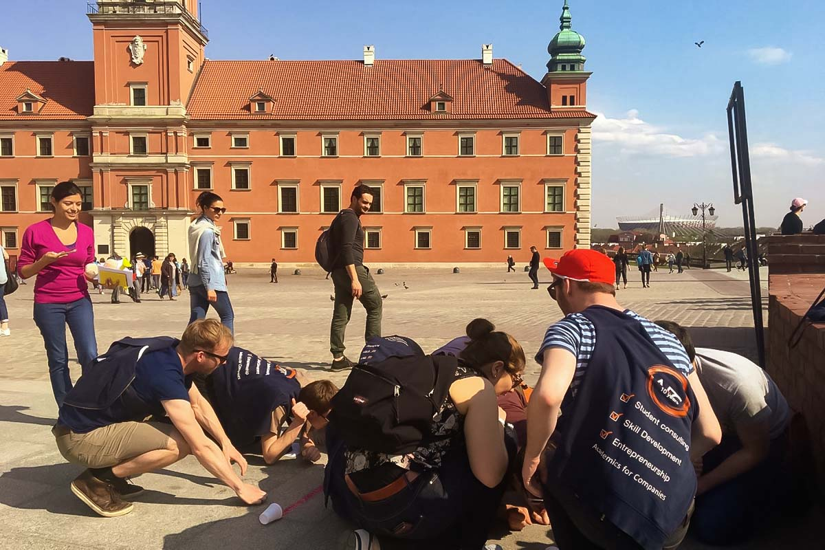 Win a group adventure in the Warsaw Old Town - City Game Warsaw