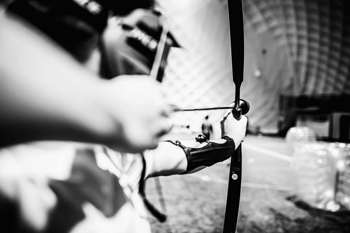 Archery tag black & white