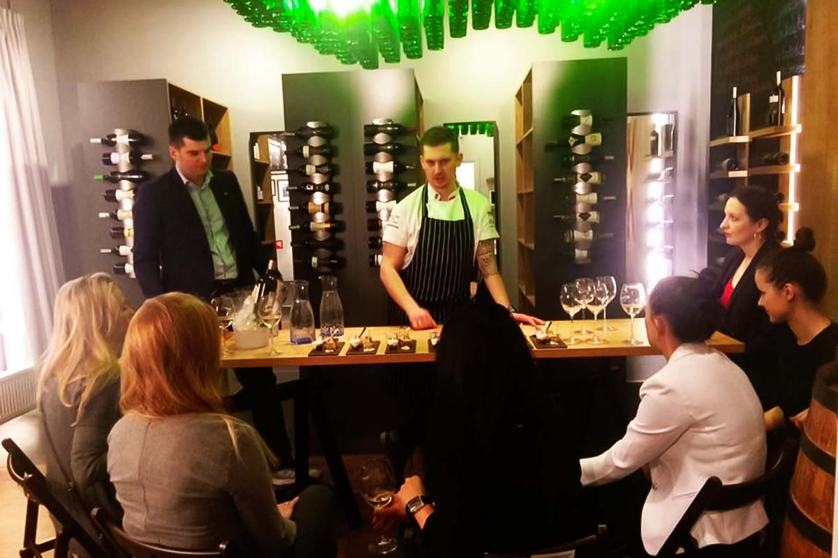 Blind Tasting in English in Warsaw - Poland