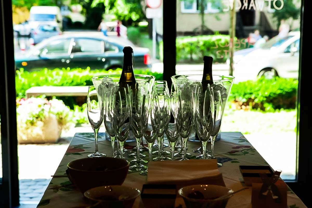 Wine Tasting in Warsaw for Bachelor Party or a Hen Party