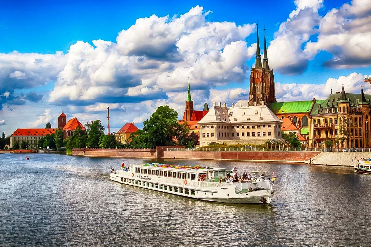 Boat cruise in Wroclaw